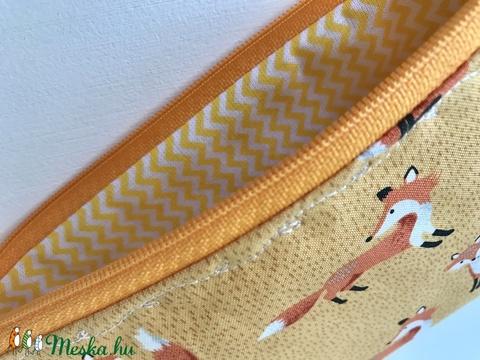Róka-Móka mintás neszesszer, tolltartó, szemüvegtok vagy irattartó prémium pamut textilből - Artiroka design (Mesedoboz) - Meska.hu
