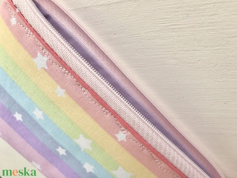 Pasztell szivárvány színű neszesszer, tolltartó, szemüvegtok vagy irattartó csillagokkal  - Artiroka design (Mesedoboz) - Meska.hu