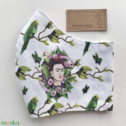 Frida Kahlo  és a papagájok -   prémium pamut textilből készült maszk - Mesedoboz  - Artiroka design  - Meska.hu