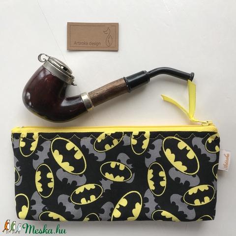 Batman mintás prémium pamut szemüvegtok, tolltartó vagy pipa tartó neszesszer - Artiroka design - Meska.hu