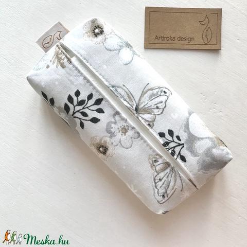 Rózsa, pillangó és kismadár mintás bélelt papírzsebkendő tartó - Artiroka design  - Meska.hu