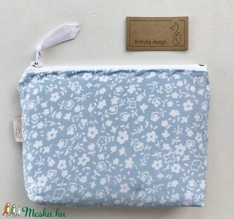 Kék fehér virágos irattartó  pénztárca  - Artiroka design - Meska.hu