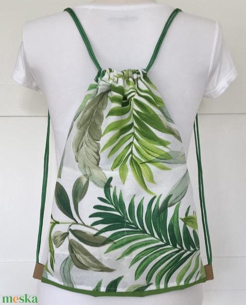 Pálmafalevél mintás, zöld - fehér  gymbag hátizsák - tornazsák edzéshez, úszáshoz - Artiroka design - Meska.hu