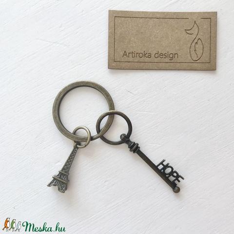 Eiffel torony mintás egyedi kulcstartó HOPE, azaz remény kulcs dísszel - Artiroka design - táska & tok - kulcstartó & táskadísz - kulcstartó - Meska.hu