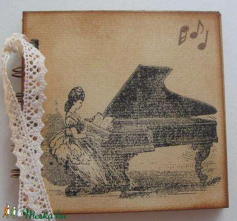Emlékmegőrző - zenekedvelőknek, zeneiskolásoknak, rendezvény-ajándék - zongora -kotta - mini album - örök emlék - egyedi (Milevi) - Meska.hu