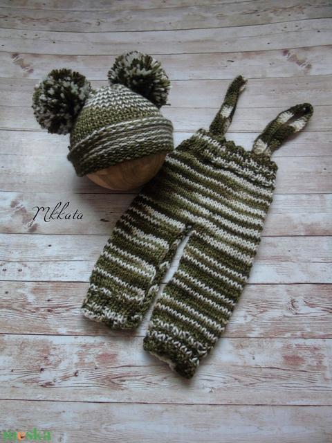 Kötött újszülött baba sapka+ nadrág  0-2 hónapos méret  - Meska.hu