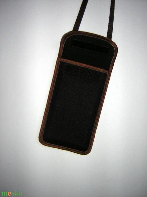 Vízhatlan mobiltok  Plus-os méretű telefonokhoz  állítható pántos kistáska - Meska.hu