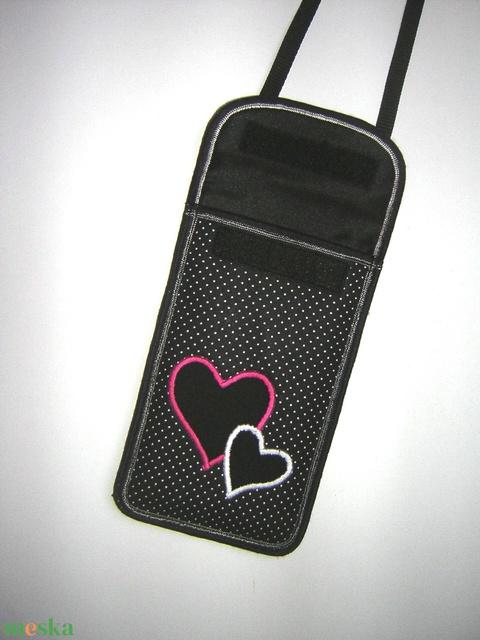 Állítható pántos mobil tok  Plus-os méretű telefonokhoz  pöttyös szívecskék - Meska.hu