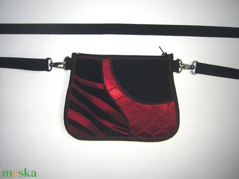 Övtáska  kis táska  fekete-piros HandMade - Meska.hu