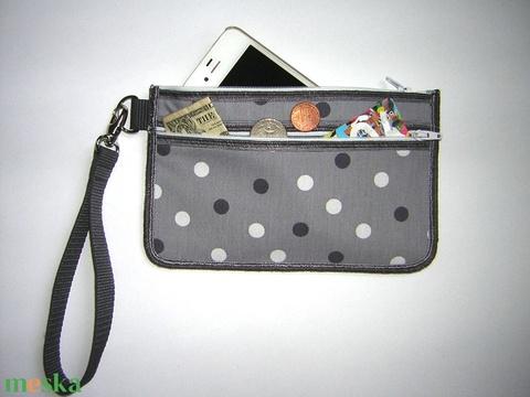 Csuklótáska Mobiltok  cipzáros zsebbel XL telefon tartó pöttyös neszi pénztárca  - Meska.hu