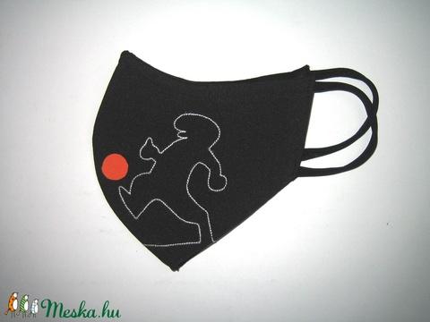 Focista Menő-Manó maszk fülre akasztható orrmerevítős arcmaszk  textilmaszk Foci - Meska.hu