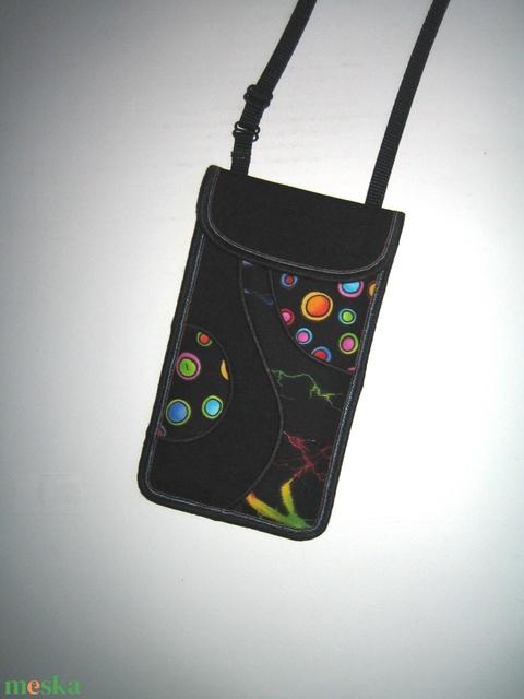 Telefontok állítható pánttal nyakba akasztható zsebes kistáska Színes - Meska.hu