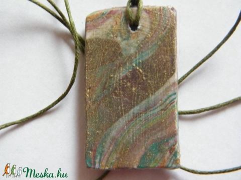 Foltos márvány medál - Meska.hu