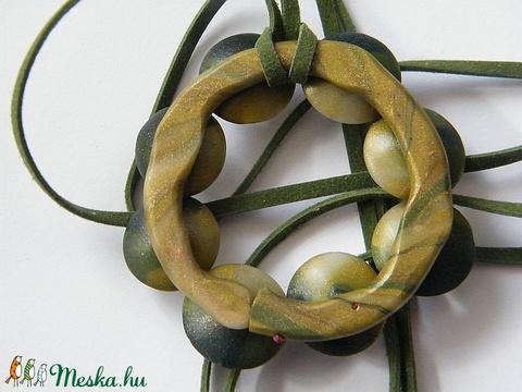 Smaragdkoszorú medál - Meska.hu
