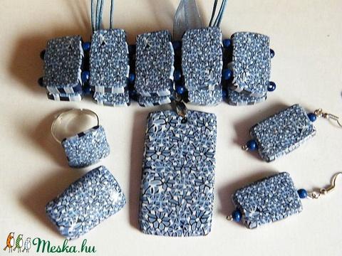Virágszőnyeg ékszerszett: medál, karkötő, fülbevaló, gyűrű, bross - Meska.hu