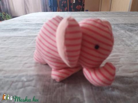 Kis elefánt, kicsiknek, babáknak, babajáték, textil elefánt (mooncsi21) - Meska.hu