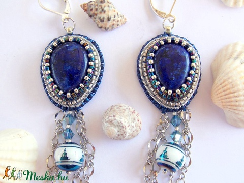 Lapis lazuli  - gyöngy hímzett fülbevaló - Meska.hu