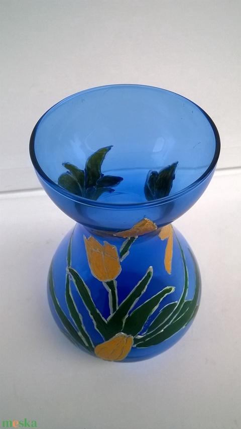 Kék váza aranyló tulipánokkal (nagyfanyuvo) - Meska.hu