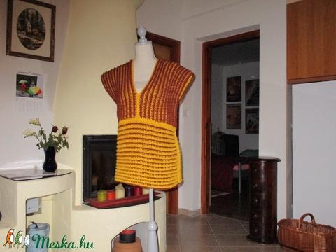 Tuniszi technikával horgolt mindkét oldalán használható női felső vagy mellény - Meska.hu