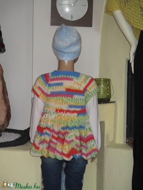 Színes, pörgős kislány ruha vagy mellény - Meska.hu