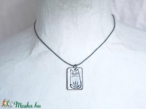 Tűzzománc cicás macskás medál fekete-fehér nyaklánc (nelli) - Meska.hu