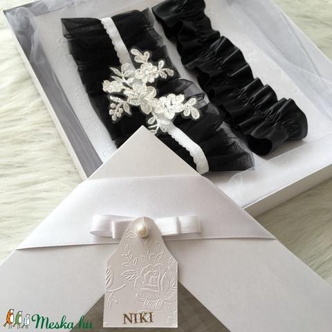 Ónix díszdobozos menyasszonyi harisnyakötő szett (NikolettaP) - Meska.hu
