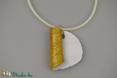 Arany és fehér, örök elegancia (nildi80) - Meska.hu
