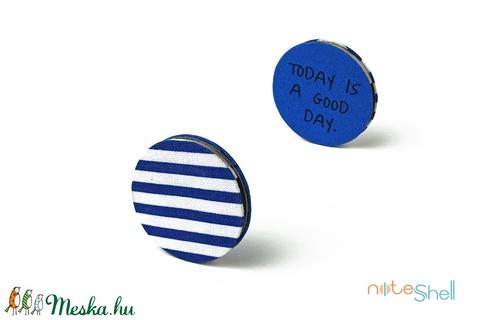 KORONG-kék-fehér-csíkos (noteshell) - Meska.hu