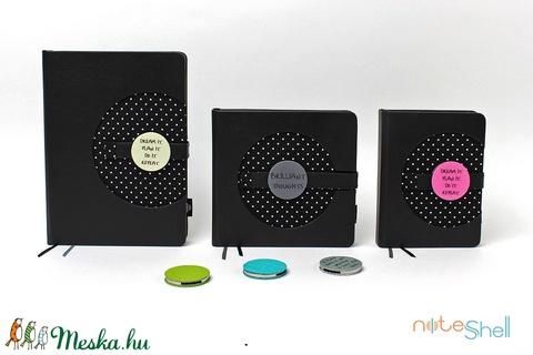 M-es határidőnapló/notesz - fekete-fehér-pöttyös (noteshell) - Meska.hu