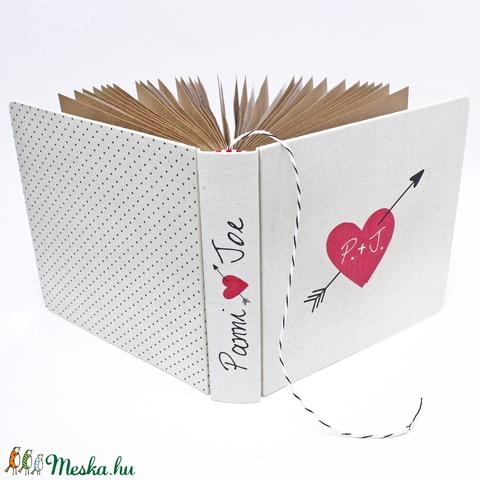 Esküvői fotóalbum - natúrfehér - egyedi mintával (noteshell) - Meska.hu