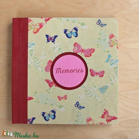 XL-es egyedi fotóalbum-Piros/sárga pillangós-újrahasznosított papírból és ruhákból-környezetbarát emlék (noteshell) - Meska.hu