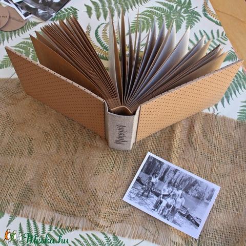 Eco kis fotóalbum  - fekete apró pöttyös (noteshell) - Meska.hu