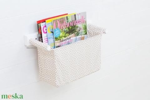 Tároló bézs - fehér méhsejt mintás, falra szerelhető tartó, magazintartó, újságtartó, irodaszer és levél-, irattartó - Meska.hu