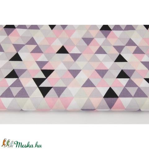 Színes háromszög mintás pamutvászon, geometriai mintás textil, szürke, korall, lazac és lila színű háromszög minták - Meska.hu