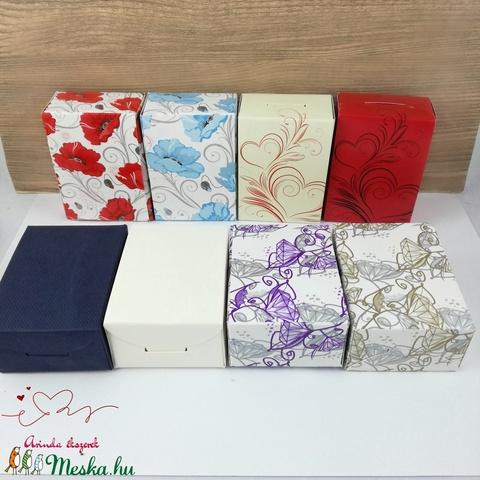 Zöld pillangós könyvjelző anyák napja ballagás évzáró pedagógus karácsony szülinap névnap könyvmoly ajándék (Arindaekszerek) - Meska.hu