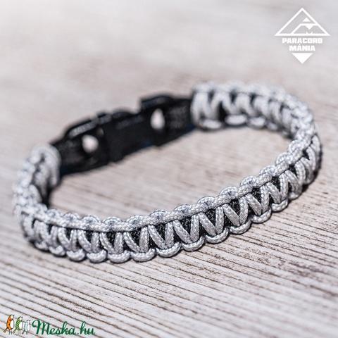 - Erdei kobra - paracord karkötő ezüst-fekete (paracordmania) - Meska.hu