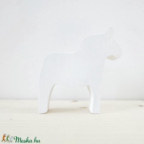 Dala ló (Peony) - Meska.hu