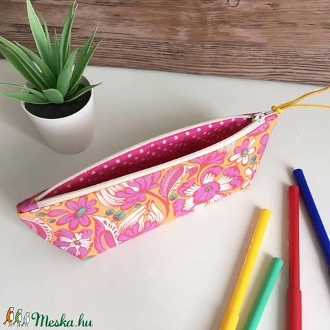 Pink sárga virágos tolltartó neszesszer - Meska.hu