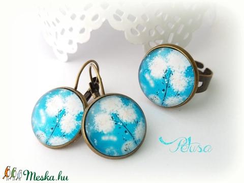 Tavaszi kék gyűrű fülbevaló pitypanos szett - Meska.hu