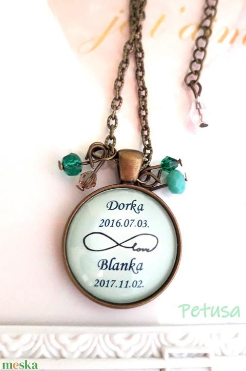 Egyedi babalátogató ajándék feliratos babaváró nyaklánc anyukának kismama születés menta baba mama ajándék babalátogató - Meska.hu