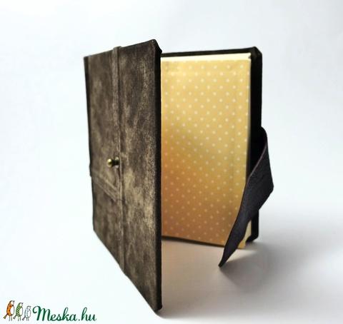 Mariella - notesz, napló, emlékkönyv - barna velúr bőr 16x16 cm  - 357 - Meska.hu