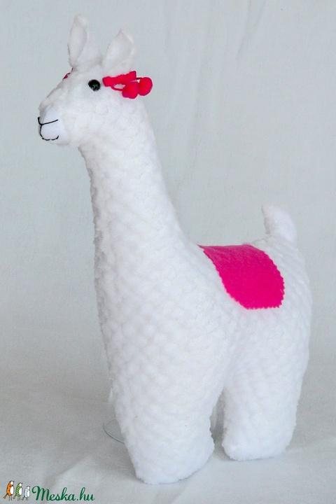 Láma - egyedi tervezésű játék - kézműves textiljáték - gyerekjáték - állatfigura - Meska.hu