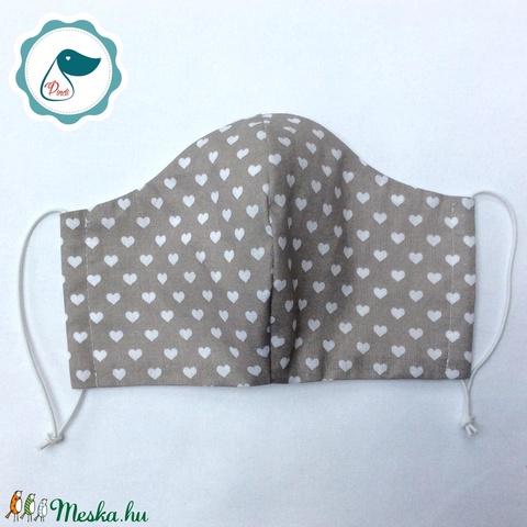 Egyedi szürke szíves maszk - felnőtt női és teenager arcmaszk - textil szájmaszk - egészségügyi szájmaszk (Pindiart) - Meska.hu