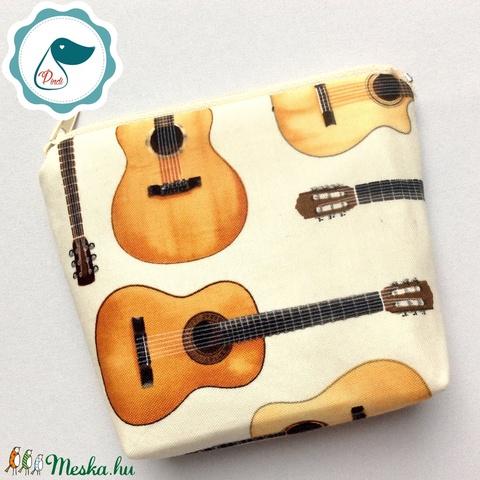 Egyedi gitár mintás neszesszer  - pénztárca - Meska.hu