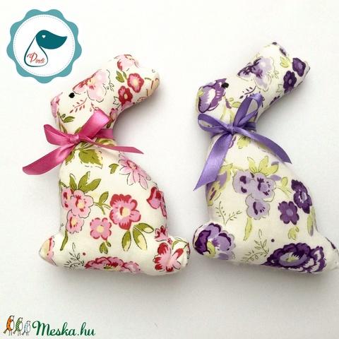 Nyuszi - rózsaszín virágos egyedi tervezésű kézműves játék - textiljáték -  húsvéti nyúl         - Meska.hu