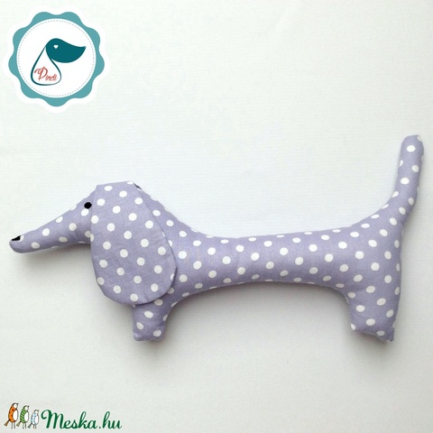 Tacskó - lila pöttyös egyedi tervezésű kézműves játék - textiljáték - tacsi kutya - gyerek játék - Meska.hu