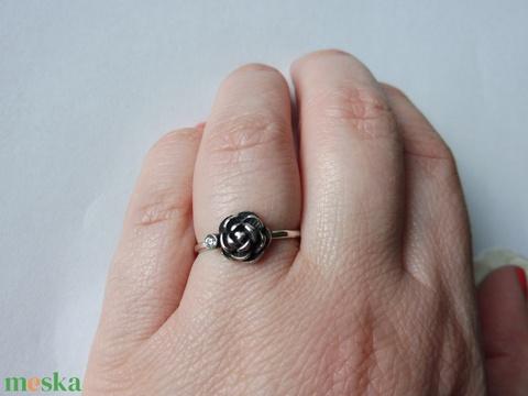 antikolt rózsás gyűrű    - Meska.hu