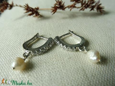 köves-gyöngyös ezüst fülbevaló   - Meska.hu