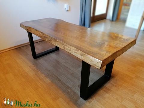 Loft industrial tömör fenyő fa dohányzóasztal (plumeshka) - Meska.hu