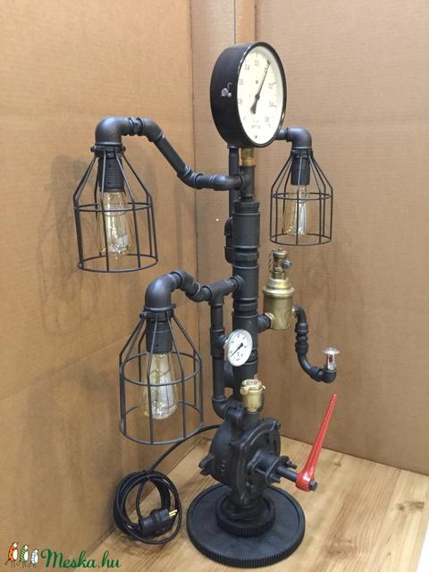 008 – Pumper - asztali / álló lámpa (PipeArt) - Meska.hu